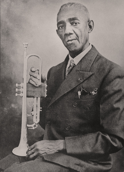 Bunk Johnson with his trumpet