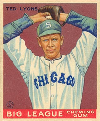Ted Lyons Baseball Card