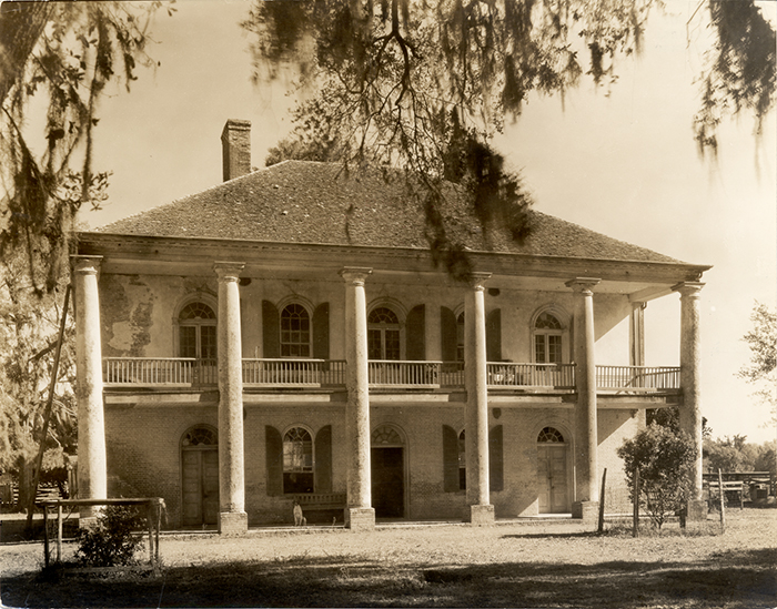 Chretien Point Plantation - Know Louisiana Cultural Vistas on governors house, indians house, mills house, plantation style house, colonists house, plantation masters house, country plantation house, plants house, french plantation house, planters house,