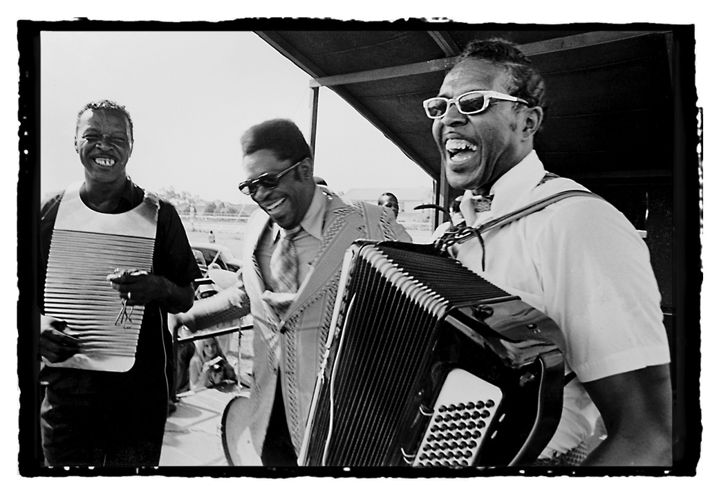 Cleveland Chenier (1921-1991), B.B. King (1925-2015) and Clifton Chenier (1925-1987) on the Blues Stage at the 1972 New Orleans Jazz and Heritage Festival. Courtesy of The Historic New Orleans Collection, © Michael P. Smith, 2007.0103.4.625