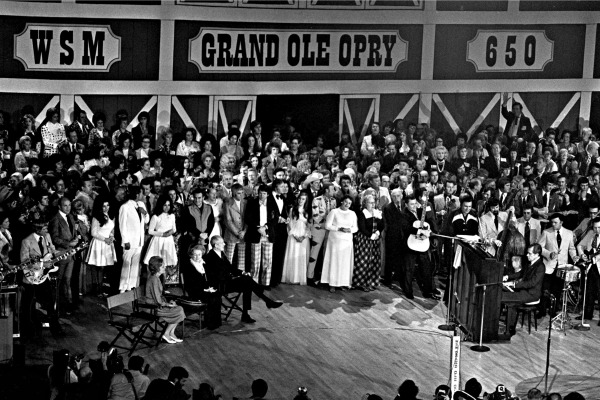 Grand-Ole-Opry-Dedication